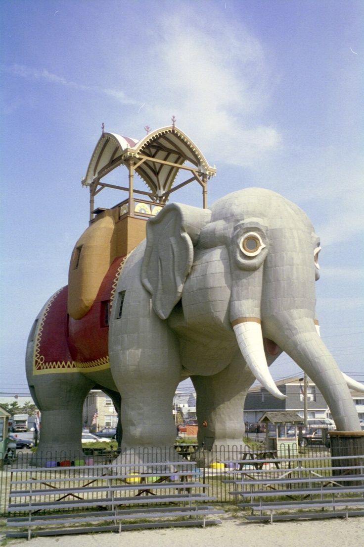Lucy, the elephant hotel in Margate, New Jersey
