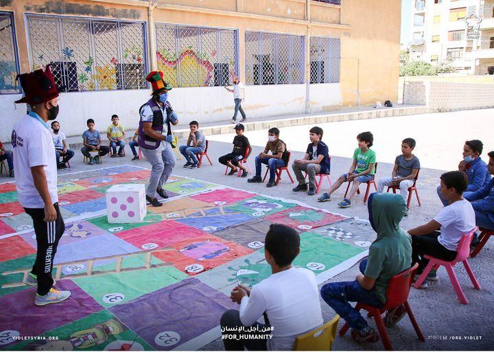 مرحبــا بكم من جديـد في مـدارس بنفسـج أكثر من 9500 طفل يشارك في حملات العودة إلى المدارس خلال السنة الحالية وتشمل الحملات Basketball Court Sports Basketball