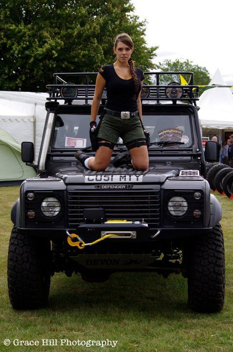 Land Rover Defender 90 >> Ready for a trip   Land Rover and ladies   Pinterest ...