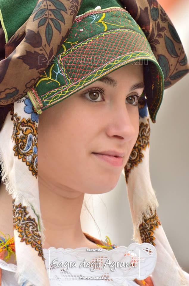 Sagra Agrumi Muravera 2015  Oltre 350 foto on-line su Paradisola http://www.paradisola.it/sagre-sardegna/sagra-degli-agrumi  ⇨ Seguici su Paradisola —