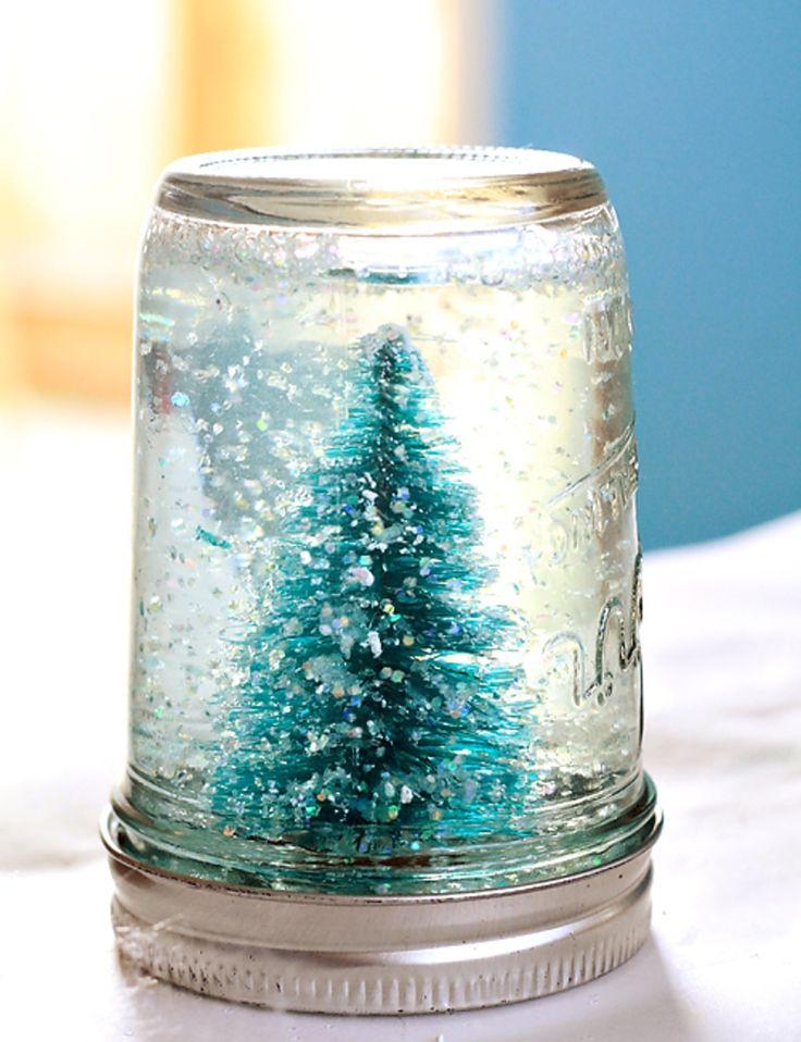 Mason jar crafts crafts pinterest for Easy homemade christmas snow globes