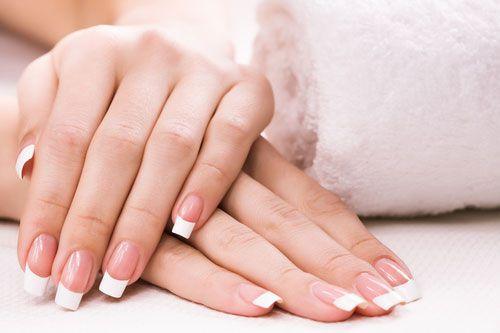 Biele škvrny na nechtoch