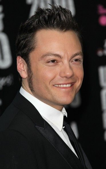 Tiziano Ferro Photos: The World Music Awards 2010 Red Carpet