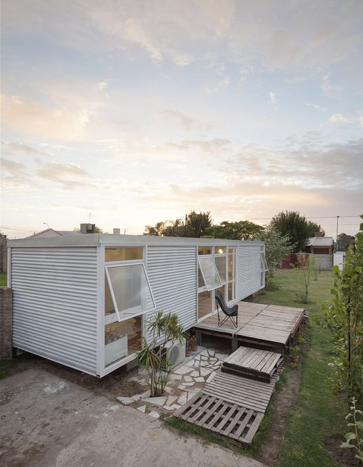 Casa Mía / Matias Pons Estel | ArchDaily Brasil