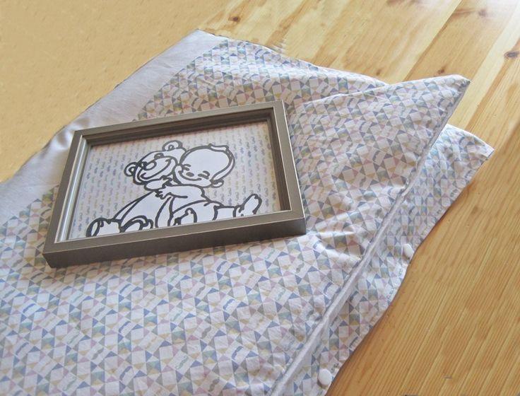 Couette et housse de couette scandinave kaléidoscope et moustaches 85 x 160 pour petit lit de bébé. : Puériculture par les-lubies-de-mireille