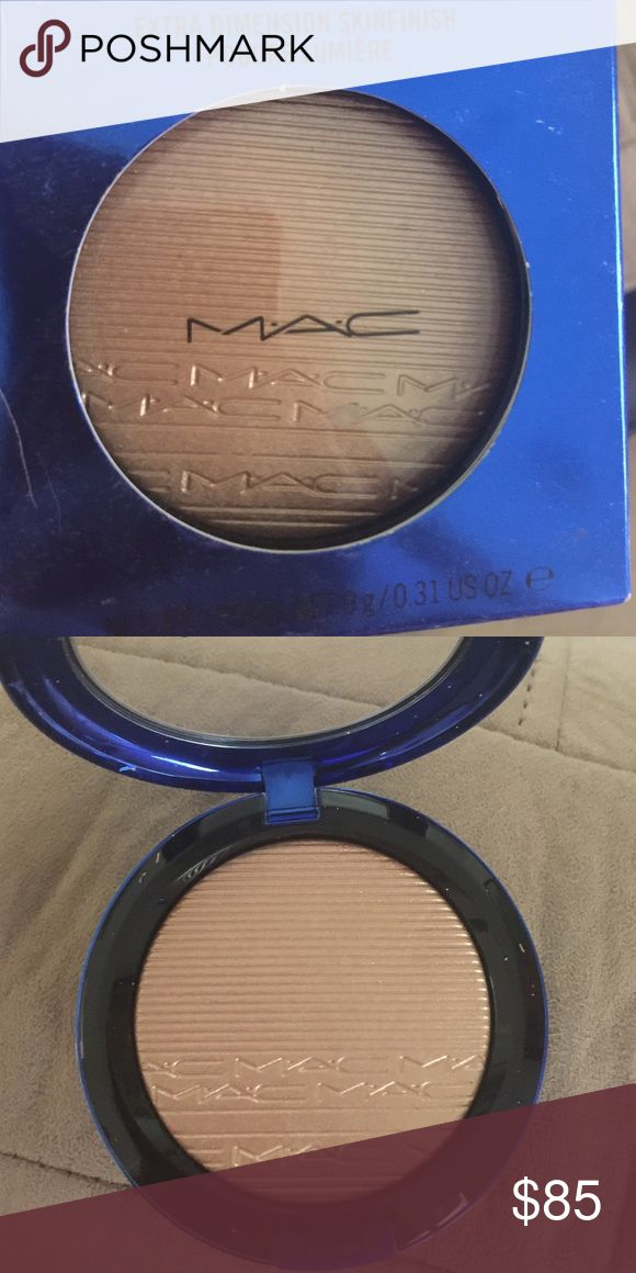 "BEST CHRISTMAS GIFT EVER! MAC Limited edition! Mac ""oh darling"" highlighter! Out of stock everywhere never coming back amazing highlighter oh darling by Mac price is firm because no one has any and it's THEE best highlighter ever made! NO LOW BALLING PRICE IS FIRM DO NOT INSULT ME AND POST A LOW PRICE YOURE WASTING YOUR TIME ! THIS IS THE ONLY PRICE IM SELLING FOR 💯💯💯💯💯💯MAKE SOMEONES CHRISTMAS WISH COME TRUE! MAC Cosmetics Makeup Luminizer"