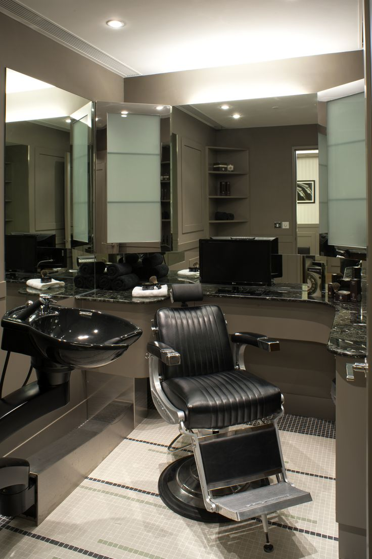 Barber Booth - Hong Kong