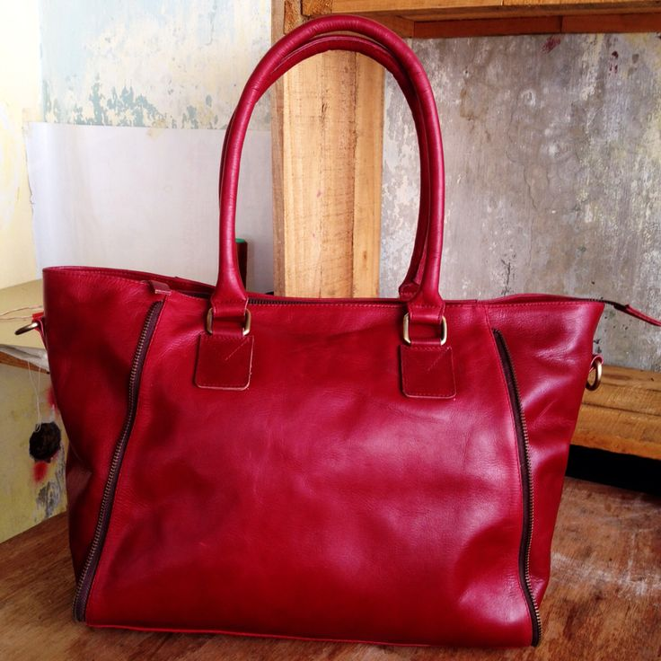 Kinanti Bag by Lead, Leather Elegant Totes Bag IDR 1750K