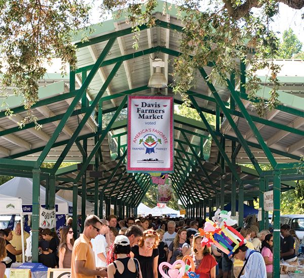 10 great farmers' markets to check out this summer around Sacramento - and some are open all year round :)