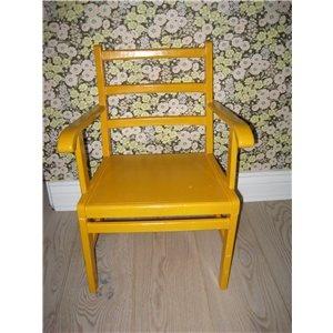 Retro børnestol, helt igennem skøn retro stol i lækker gul