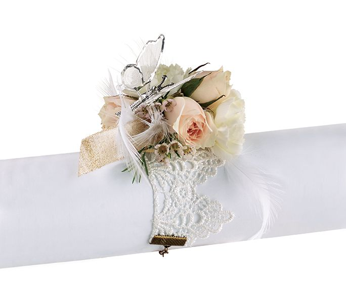 Create a softer look for your Prom corsage with our Vintage Lace Corsage! #burtonandburton #prom #corsage #teamprom