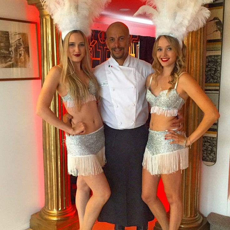 Showgirl hostesses with the chef at a Great Gatsby themed 60th Birthday  Www.deluxeevents.co.nz