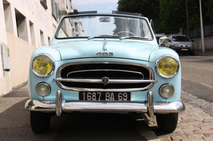 Les 25 meilleures id es concernant peugeot 403 sur for Moquette voiture ancienne