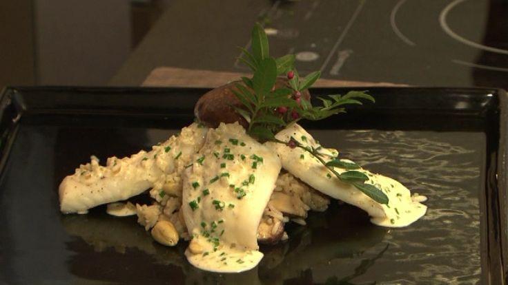 Chef TV - Receitas : Files de linguado cozido no caldo de ervas aromáticas servido com arroz Basmati de shitake e amêndoas, molho ao vermouth