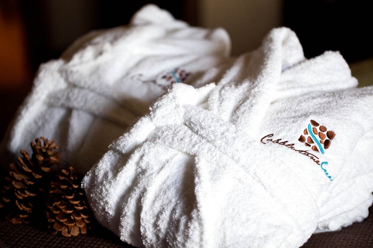 Cobblestone Creek comfort, luxurious Egyptian Cotton towels and robes for your enjoyment.