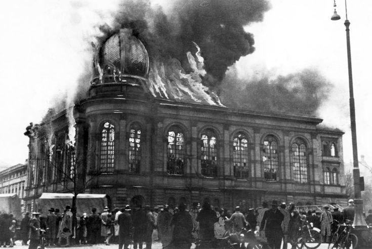 Reichspogromnacht  vom 9. auf den 10. November 1938: Die...