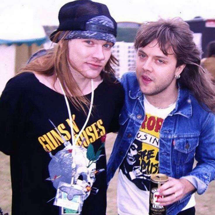 Cool! Lars Ulrich and Axl Rose before the band arguments