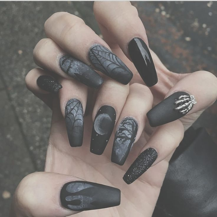 This matte Halloween nail is amazing! gel nails gel how to matte nails gel  manicure - Best 25+ Skull Nail Art Ideas On Pinterest Skull Nails, DIY