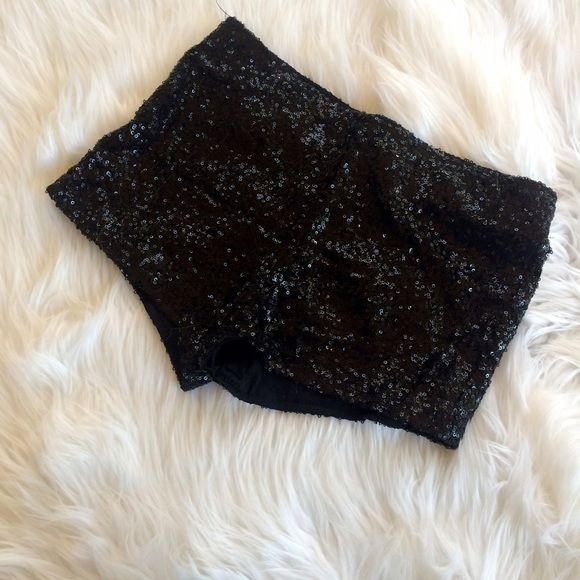 ❤️❤️ BLACK SEQUIN SHORTS Washed and worn a few times size small **remember to bundle and save 10%** no holds/no trades/no modeling/no asking for lowest Shorts
