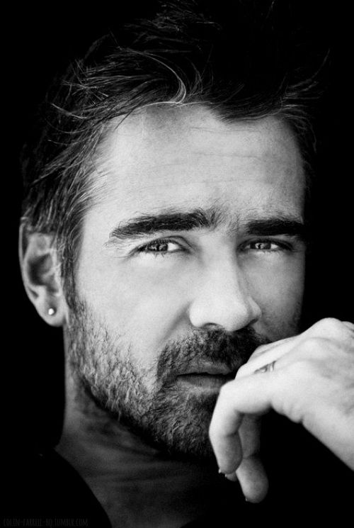 a scruffy bearded Colin Farrell  ||||9|||| •=• •=• •=• 3leapfrogs|•