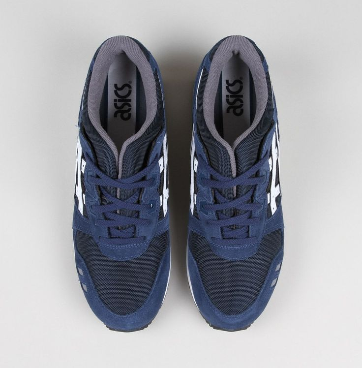 VARSITY PACK Asics Gel-Lyte III in Navy/White sporting coated leather and  textile