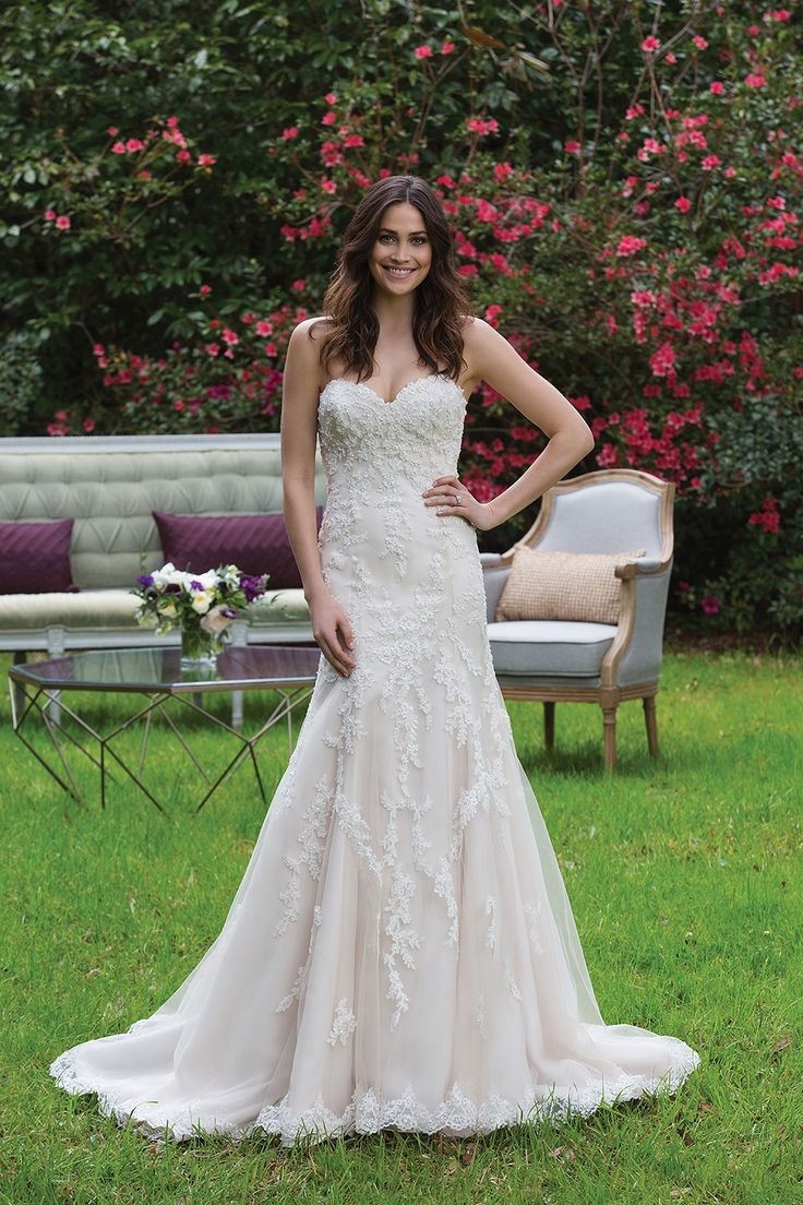Wedding Dresses by Sincerity Bridal (3967), collection ss, silhouette mermaid / trumpet, neckline sweetheart, long, without sleeves