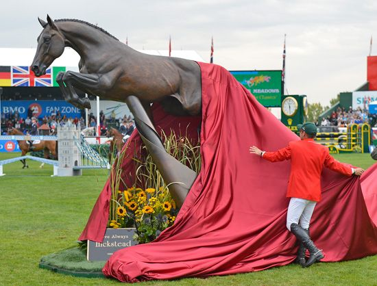Eric Lamaze unveils the Hickstead Statue at Spruce Meadows. Gorgeous!Spruce Meadow