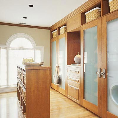 17 best ideas about closet laundry rooms on pinterest for Master closet laundry room combo