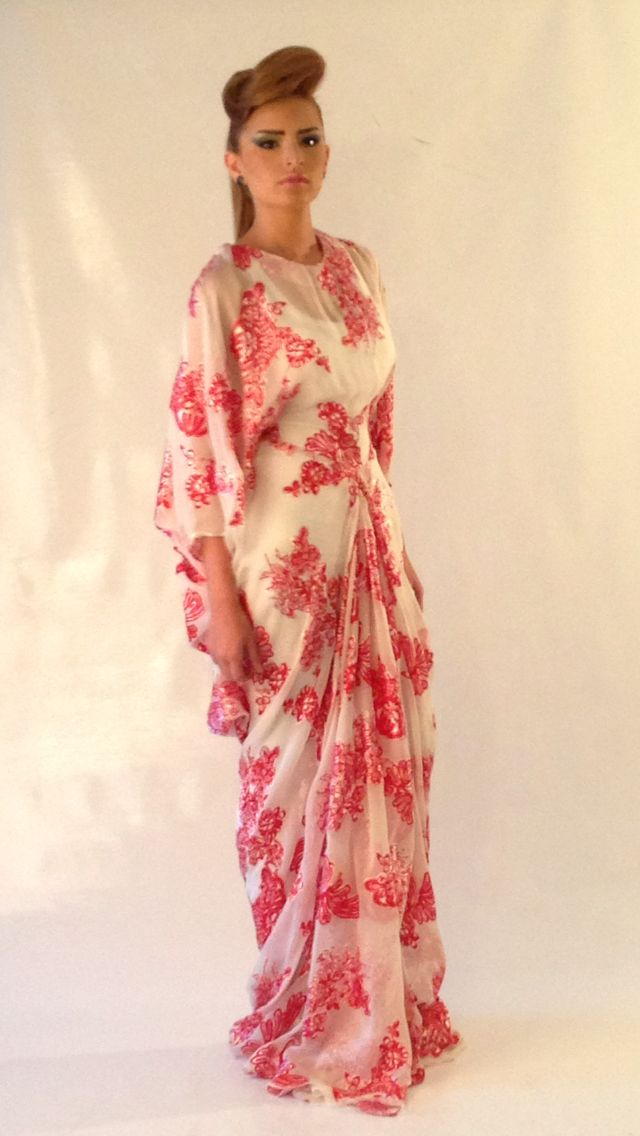 Sara Elemary flowery silk dress