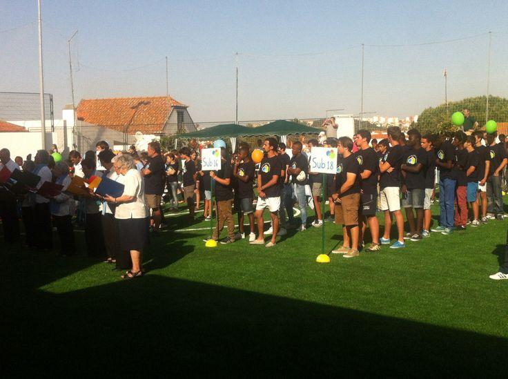 Hoje fomos convidados para a inauguração do campo de treinos da ER da Galiza. Muitos parabéns a todos os envolvidos neste projecto. O Rugby no Concelho de Cascais fica mais forte.