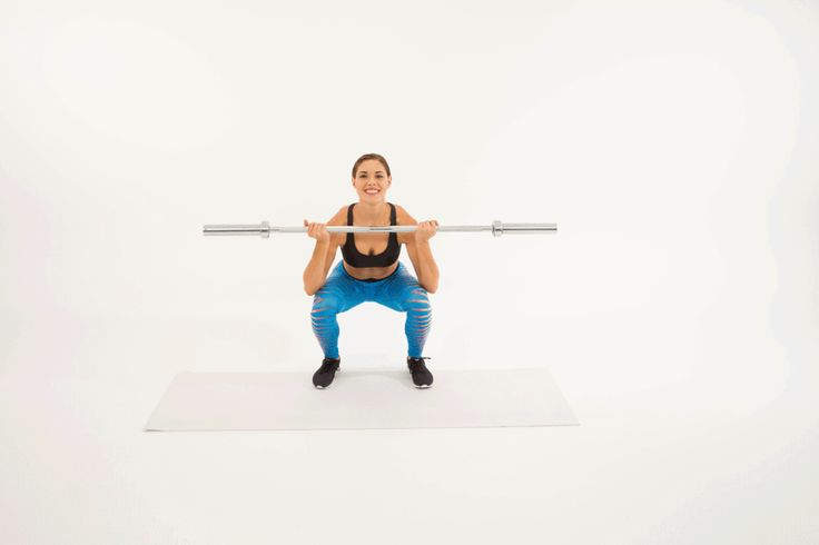 5 esercizi per glutei sodi e alti da fare con il bilanciere spiegati passo dopo passo