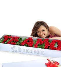 Caja de rosas te Amo: http://www.floresparacolombia.com/producto_info.php?products_id=453&inicio=116