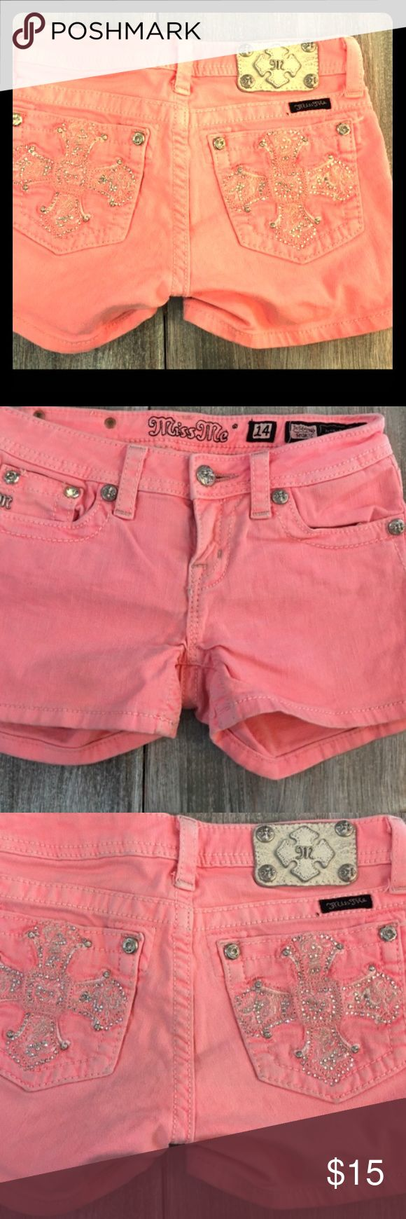 BLING Hot pink little girls size 14 Miss Ne shorts Good condition pretty little girls Miss Me shorts. Only worn a couple of times. No missing buttons. Smoke free home!! Size 14 Miss Me Bottoms Shorts