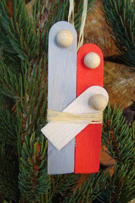 Inspiriert von der Idee bei Creativlive habe ich Maria und Josef mit dem Jesuschind in einer ähnlichen Form als Christbaum- oder Geschen...