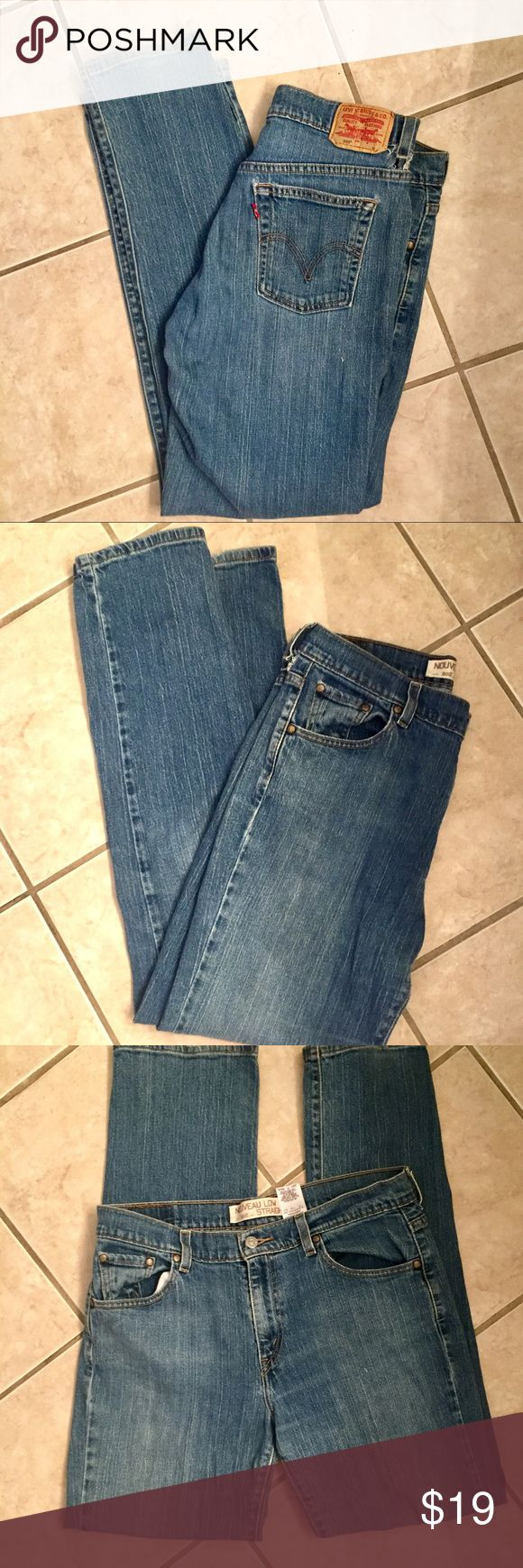 LEVIS 505 NOUVEAU LOW STRAIGHT JEANS Women's straight Nouveau Low-cut Levi 505 Jeans! No flaws! Worn maybe 5 times! Size 12M Levi's Jeans Straight Leg