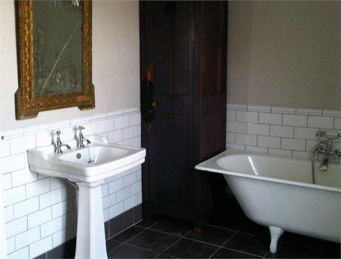 Inspirational Bathrooms: 151 Best Bathroom Decor Images On Pinterest