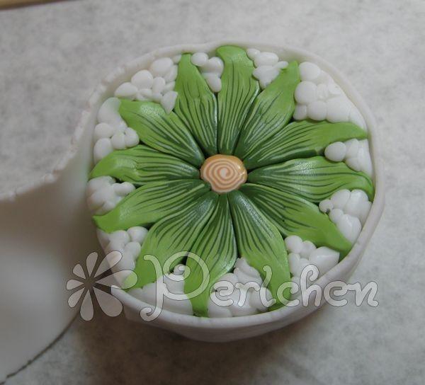 flower cane w/good photos (in French) - #polymer #clay #tutorial