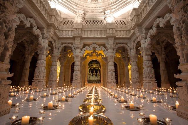 Diwali Morning @ BAPS Shri Swaminarayan Mandir (Neasden Temple)