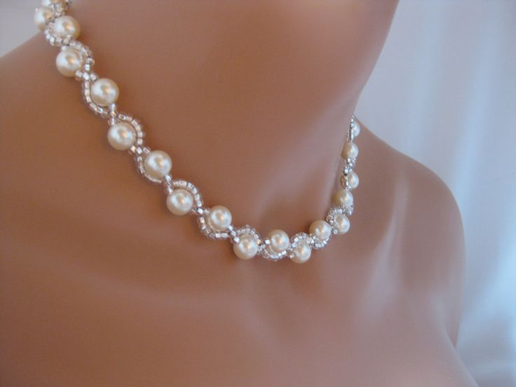 Bridal jewelry Ivory Pearl Wedding Necklace Swarovski Crystal Jewelry. Saw this in another place on pinterest, but had to hunt down the correct link to Etsy.