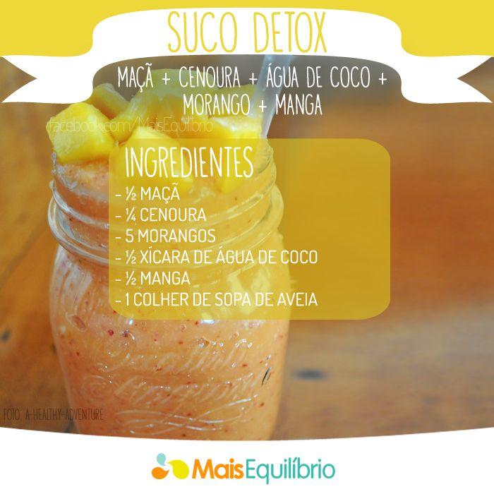 Vitamina reforçada de maçã, cenoura, morango, água de coco e manga!