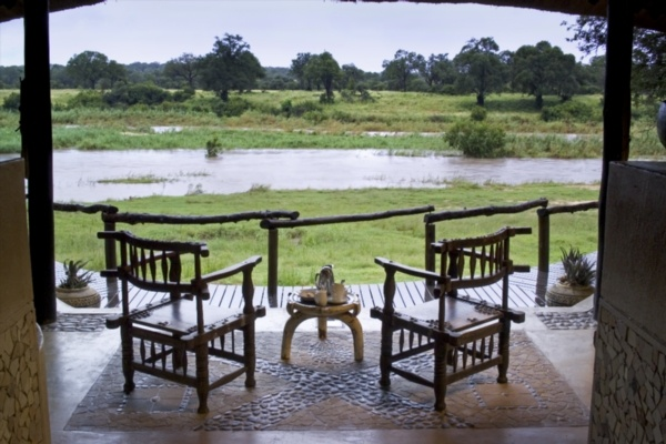 Photographic safari, team building photo safari and wildlife photography course accommodation Exeter River Lodge, Sabi Sand, Kruger National Park, South Africa