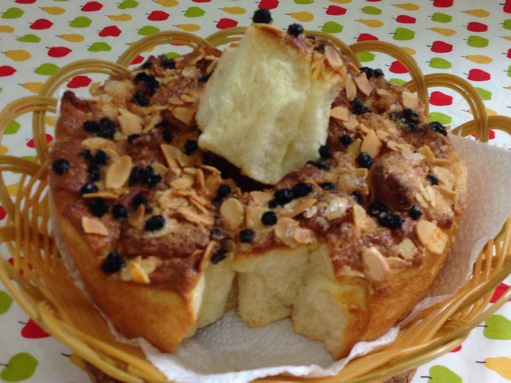 我的烹饪食谱 の Spice Up My Kitchen: 小拇指说好之十一 ~ 日式炼奶面包 @ Japanese Condensed Milk Bread