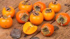 Le kaki, un fruit haut en couleurs
