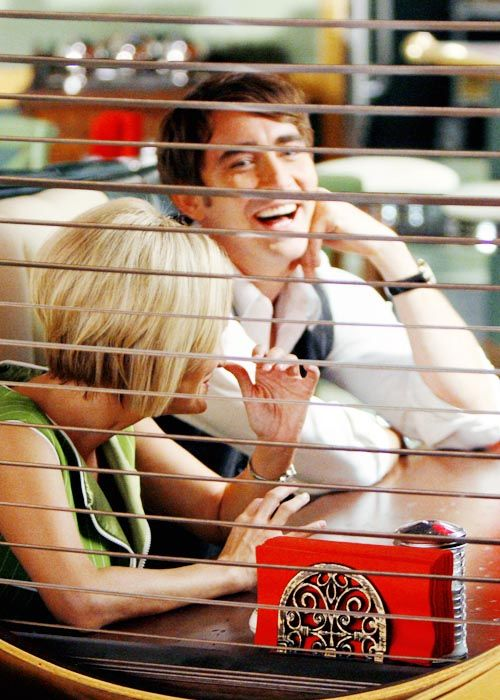 Lee Pace and Kristen Chenoweth on the set of Pushing Daisies