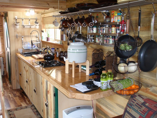 Tiny Home Designs: Love The Counter Space And Set Up. Too Much Clutter For Me