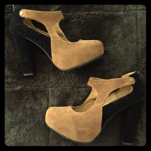 25 best ideas about dsw shoes on flat sandals