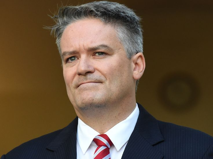 Six bidders have shown interest in the Australian Securities and Investments Commission registry privatisation. Finance Minister Mathias Cormann said Australian and overseas firms and consortiums had shown interest in the tender to upgrade, operate and add value to ASIC's registry functions. The commonwealth will retain ownership of the ASIC registry's data and is keen to keep its operations based in regional Victoria. The Turnbull government has yet to make a final decision on whether the…