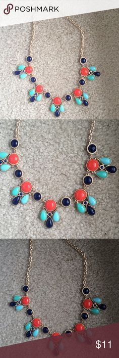 Coral, Navy, and Teal Necklace These colors are so beautiful together and are easy to put with an outfit. Coral, navy, and teal with a gold chain Jewelry Necklaces