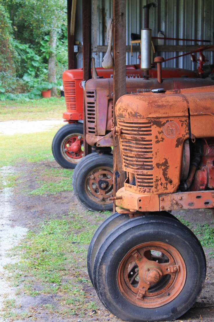 Love Vintage #Tractors #farm #barn