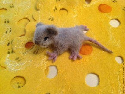 """Купить Брошь """"мышонок"""" - серый, мышь, мышонок, брошь мышь, валяная брошь, шерсть"""